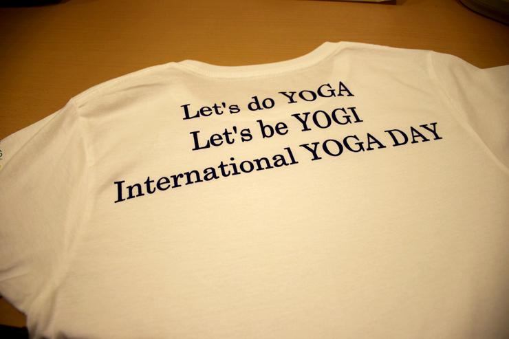 国際ヨガの日オリジナルTシャツ